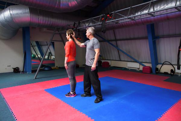 Нестандартные упражнения для шеи - к статье Академии Wellness 1