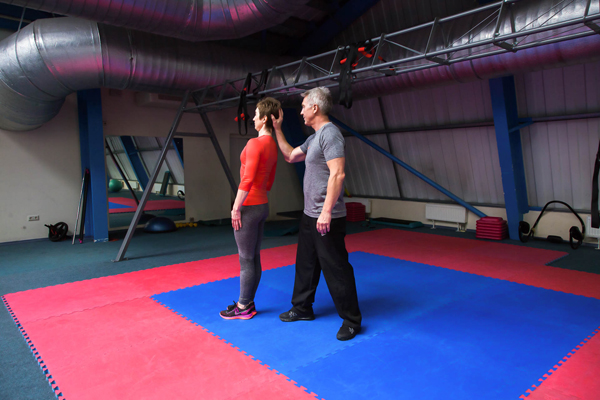 Нестандартные упражнения для шеи - к статье Академии Wellness 2